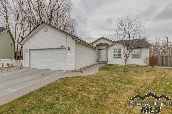 Photo for 1349 W Chance Ct, Eagle, ID 83616 (MLS # 98716302)