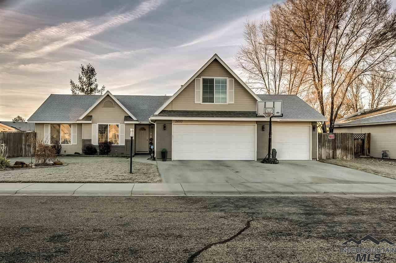 Photo for 2693 W Wave Court, Meridian, ID 83642 (MLS # 98716364)