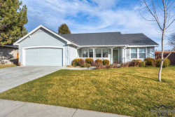 Photo of 934 S Waterton Ave, Eagle, ID 83616 (MLS # 98718197)