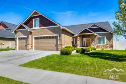 Photo of 722 Lilac St, Fruitland, ID 83619 (MLS # 98719871)