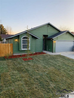 Photo of 343 Crestwood Dr, Nampa, ID 83687 (MLS # 98722266)