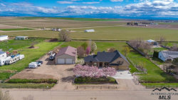 Photo of 11774 Lawrence Dr, Caldwell, ID 83607 (MLS # 98726174)