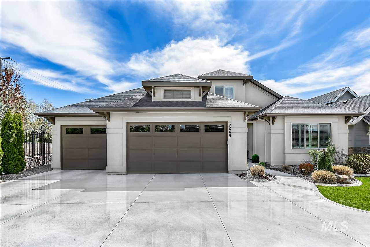 Photo for 3249 W Bolton Court, Eagle, ID 83616 (MLS # 98726369)