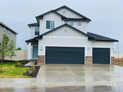 Photo of 176 S Riggs Spring Ave, Meridian, ID 83642 (MLS # 98729951)