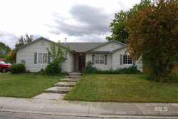 Photo of 1819 Emerald Dr, Nampa, ID 83686 (MLS # 98730560)