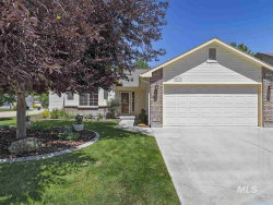 Photo of 872 E Brown Bear Ct., Meridian, ID 83646 (MLS # 98735169)