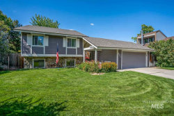 Photo of 831 N Fruitwood Place, Eagle, ID 83616-5107 (MLS # 98744217)