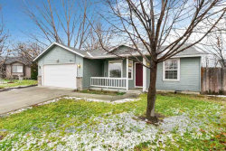 Photo of 3211 Sunset Place, Caldwell, ID 83605 (MLS # 98751745)