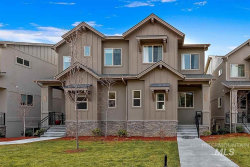 Photo of 2355 E Warm Springs Ave, Boise, ID 83712-8442 (MLS # 98752014)