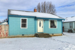 Photo of 118 Parkhurst Dr, Caldwell, ID 83605-4509 (MLS # 98754465)