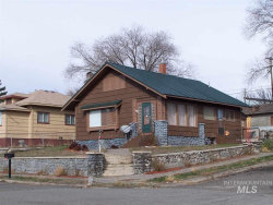 Photo of 174 E 4th Ave, Glenns Ferry, ID 83623 (MLS # 98756706)