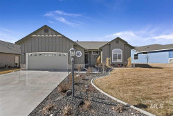 Photo of 3721 S Greenbrier Rd, Nampa, ID 83686 (MLS # 98758649)