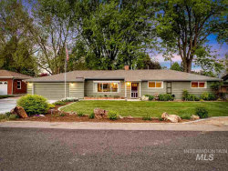 Photo of 4901 N Mountain View Drive, Boise, ID 83704 (MLS # 98766567)