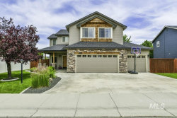 Photo of 988 N Island Park Ave, Star, ID 83669 (MLS # 98771622)