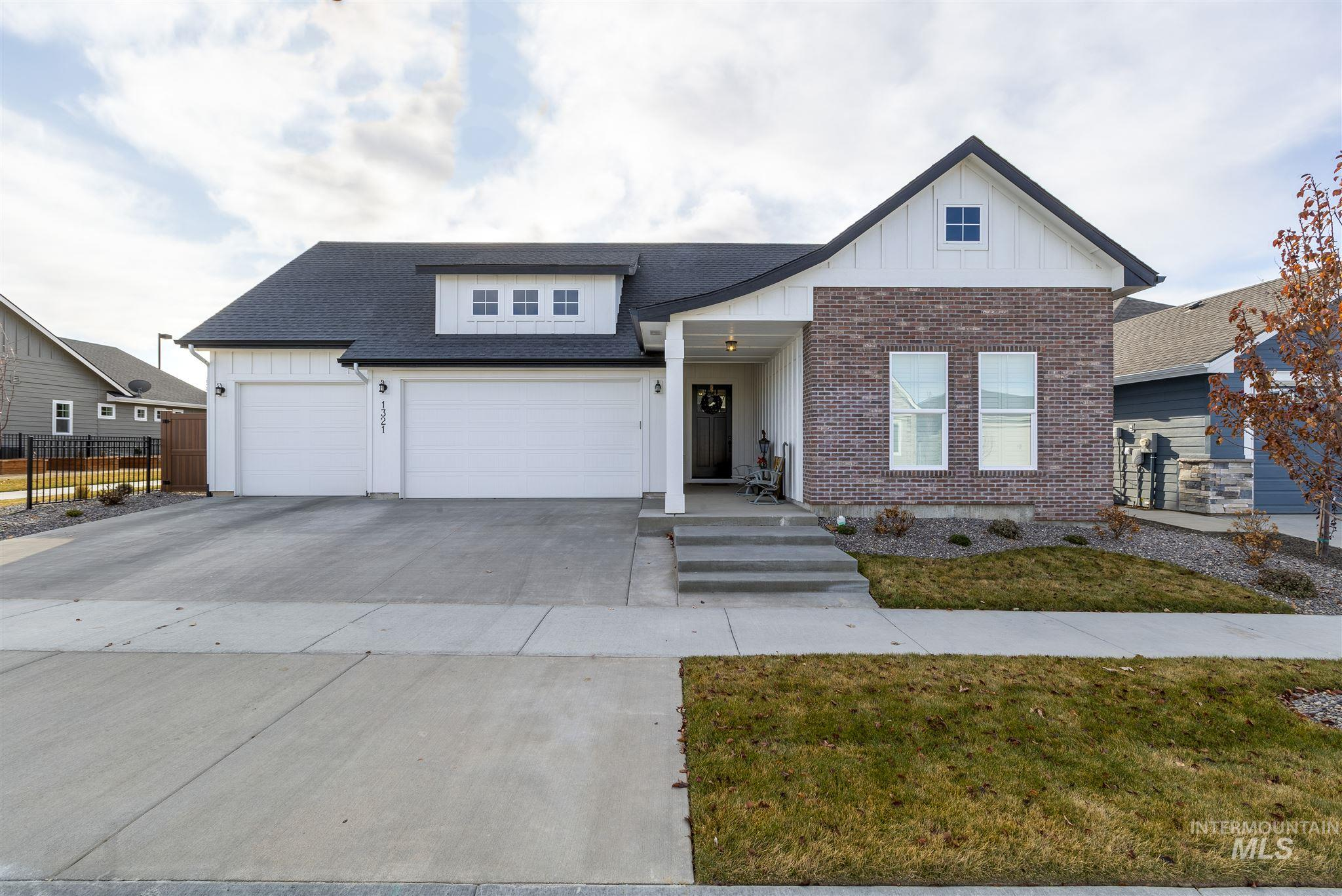 Photo for 1321 W Bolton Ln, Eagle, ID 83646 (MLS # 98772124)