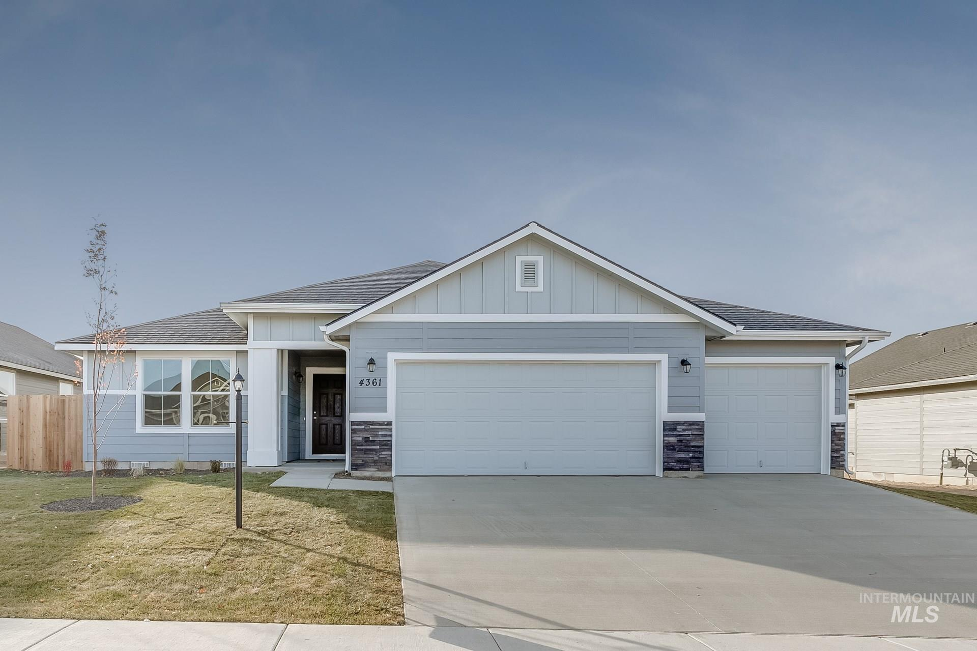 Photo for 16848 Chambers Way, Caldwell, ID 83607 (MLS # 98775497)