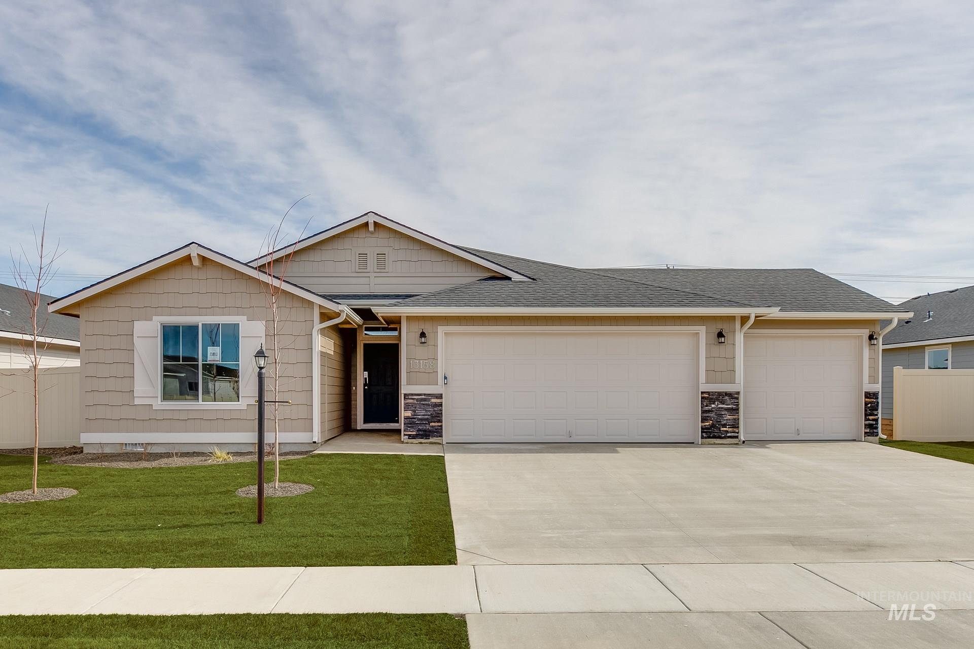 Photo for 16860 Chambers Way, Caldwell, ID 83607 (MLS # 98775532)