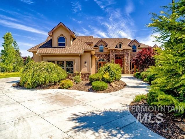 Photo for 723 W Headwaters Dr, Eagle, ID 83616 (MLS # 98775884)