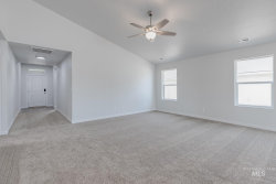 Tiny photo for 915 N Bowknot Lake Ave, Star, ID 83669 (MLS # 98776197)