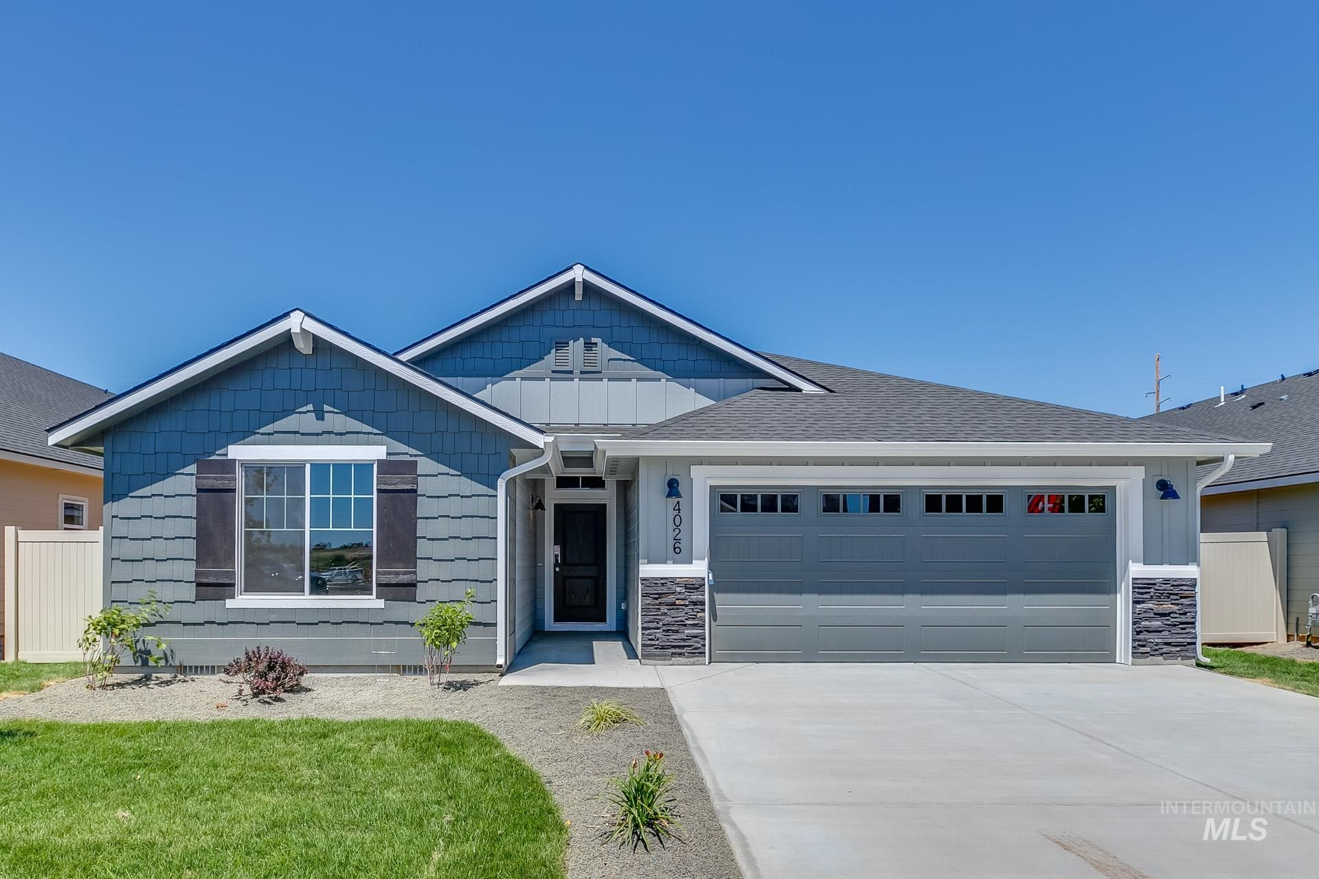 Photo for 931 N Bowknot Lake Ave, Star, ID 83669 (MLS # 98776205)