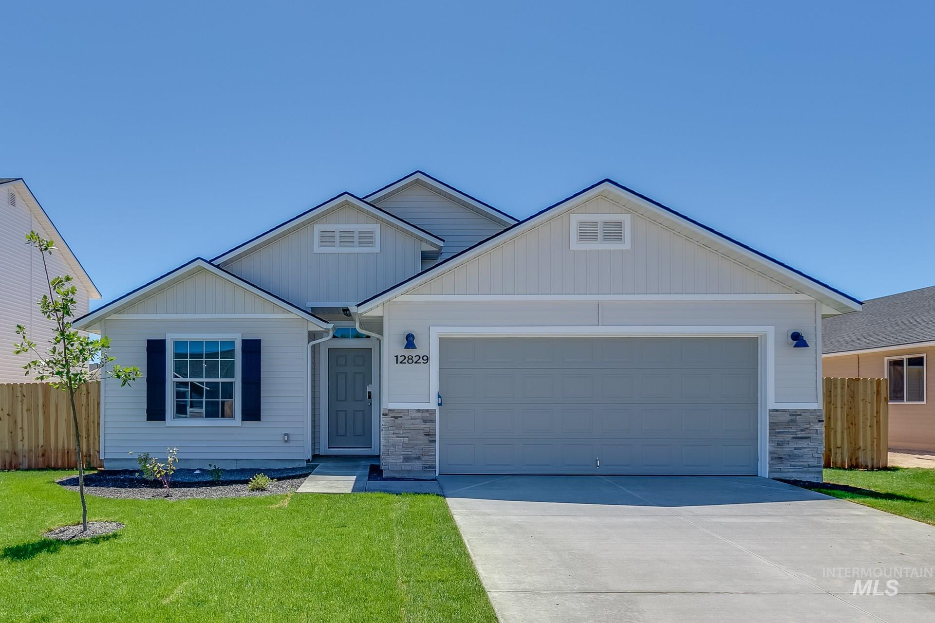 Photo for 11864 W Box Canyon St, Star, ID 83669 (MLS # 98776216)