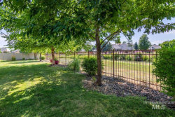 Tiny photo for 581 N Devon Place, Star, ID 83669 (MLS # 98776519)