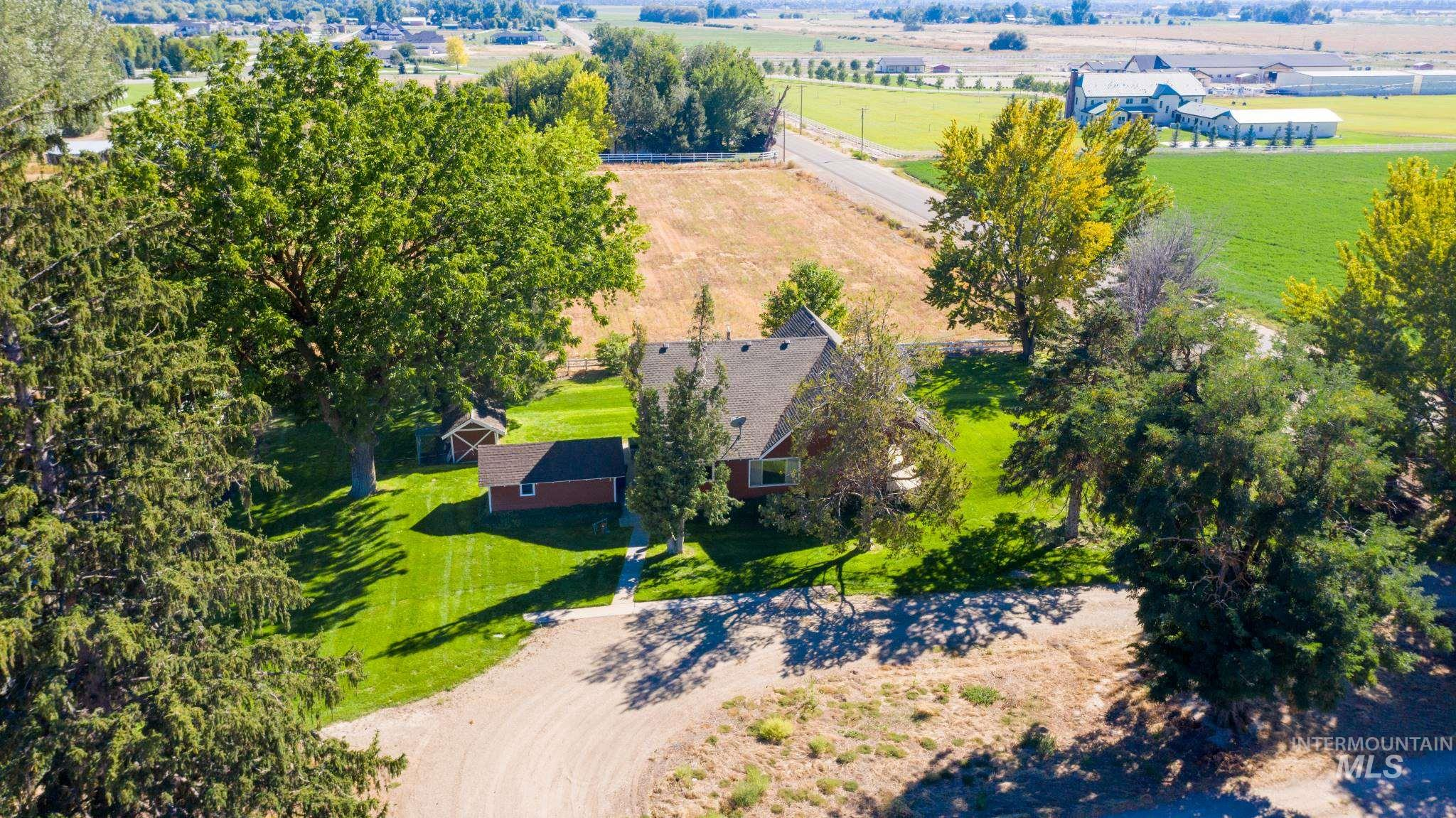 Photo for 4520 N Linder Rd, Eagle, ID 83616 (MLS # 98780411)