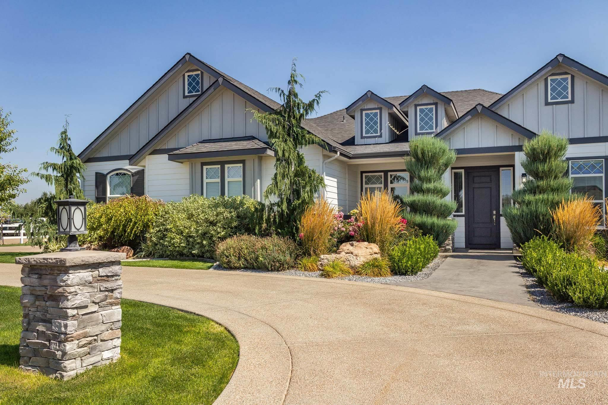 Photo for 5416 Lewis Crossing Way, Nampa, ID 83686 (MLS # 98780413)