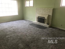 Tiny photo for 1024 8th Ave S, Nampa, ID 83651 (MLS # 98780813)