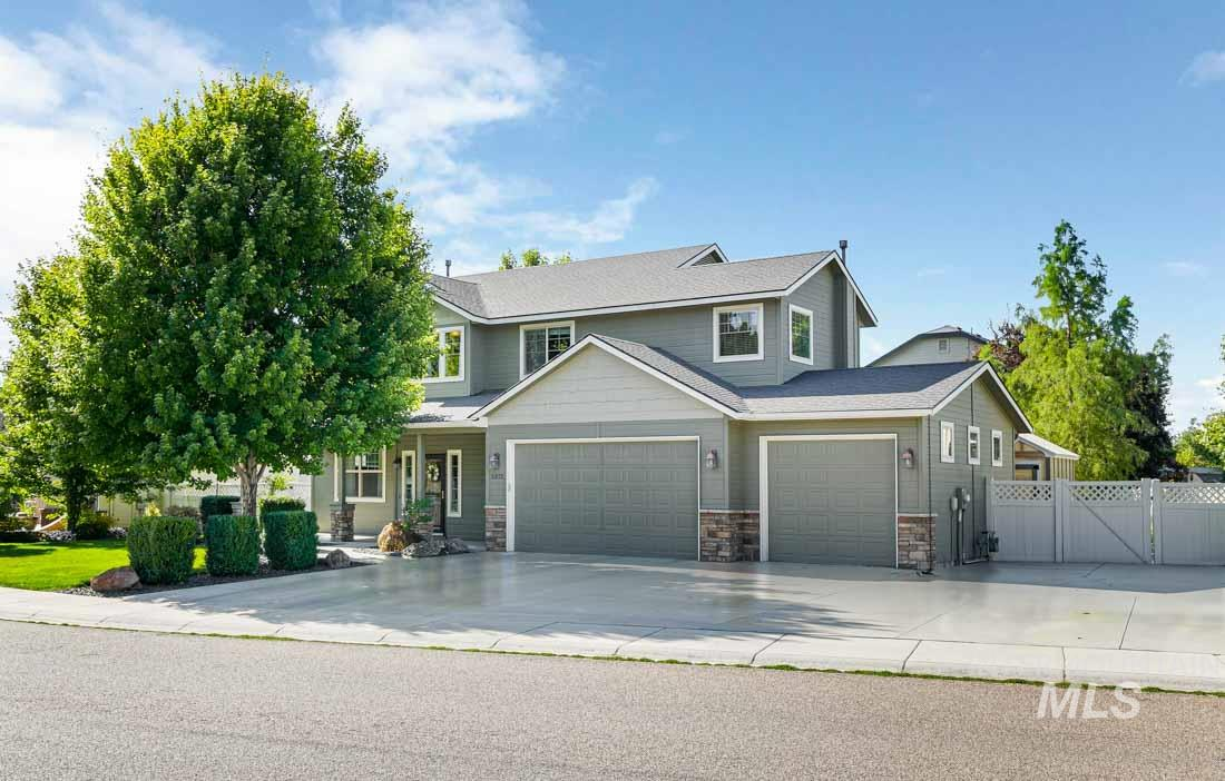 Photo for 2373 W Trestle Drive, Meridian, ID 83646 (MLS # 98780923)
