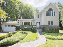 Photo of 14 Reynal Crossing, Scarsdale, NY 10583 (MLS # 4644099)