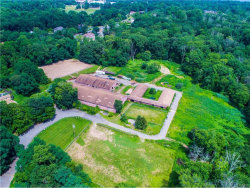 Photo of 7 Stonehedge Farm Road, Montebello, NY 10901 (MLS # 4703015)