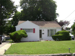 Photo of 10 Monterey Place, Yonkers, NY 10710 (MLS # 4732440)