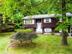 Photo of 5 Kings Court, Airmont, NY 10952 (MLS # 4732901)