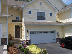 Photo of 4 Stonerose Court, Middletown, NY 10940 (MLS # 4733432)