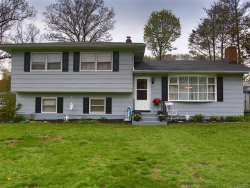 Photo of 3 St Andrews Court, Middletown, NY 10941 (MLS # 4733904)