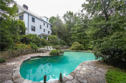 Photo of 9 Park Road, Scarsdale, NY 10583 (MLS # 4736097)