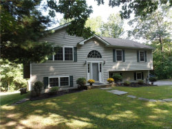 Photo of 25 Hamilton Drive, Hopewell Junction, NY 12533 (MLS # 4741295)