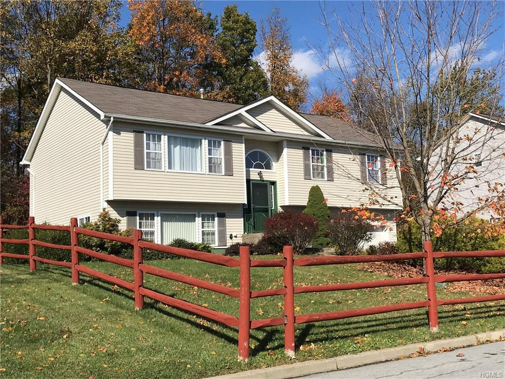 Photo for 42 Dogwood Drive, Middletown, NY 10940 (MLS # 4748085)