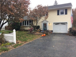 Photo of 7 Canterbury Lane, New Windsor, NY 12553 (MLS # 4752198)