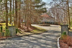 Photo of 11 Hemlock Rise, Armonk, NY 10504 (MLS # 4804352)