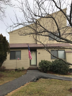 Photo of 15 Sycamore Court, Highland Mills, NY 10930 (MLS # 4806413)