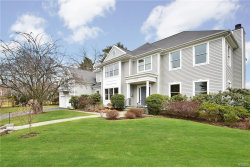 Photo of 1069 Bayhead Drive, Mamaroneck, NY 10543 (MLS # 4809948)