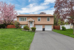 Photo of 4 Half Hollow Turn, Monroe, NY 10950 (MLS # 4819732)