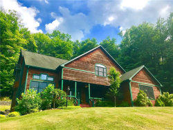 Photo of 10 Laura Lane, Hopewell Junction, NY 12533 (MLS # 4820952)