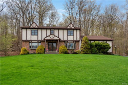Photo of 4 Lincoln Court, Highland Mills, NY 10930 (MLS # 4821407)