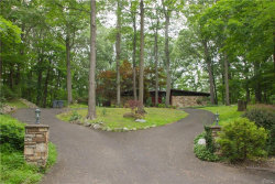 Photo of 15 Doe Drive, Suffern, NY 10901 (MLS # 4827153)