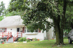 Photo of 83 Maple Avenue, Warwick, NY 10990 (MLS # 4830162)