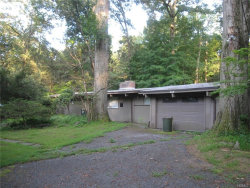 Photo of 208 Cleveland Drive, Croton-on-Hudson, NY 10520 (MLS # 4846884)