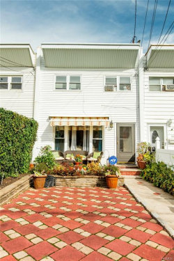 Photo of 190 Buttrick Avenue, Bronx, NY 10465 (MLS # 4848422)